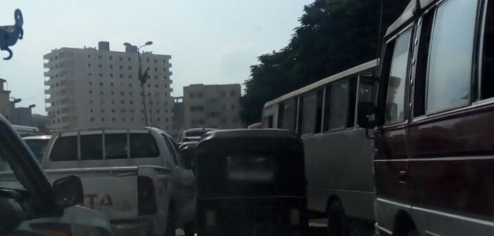 ▶️ مواطنون يشكون الزحام اليومي على كورنيش الوراق (صور وفيديو)