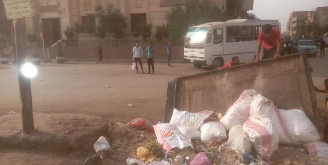 أهالي «بهتيم» يشكون انتشار القمامة بالشوارع..(صور)