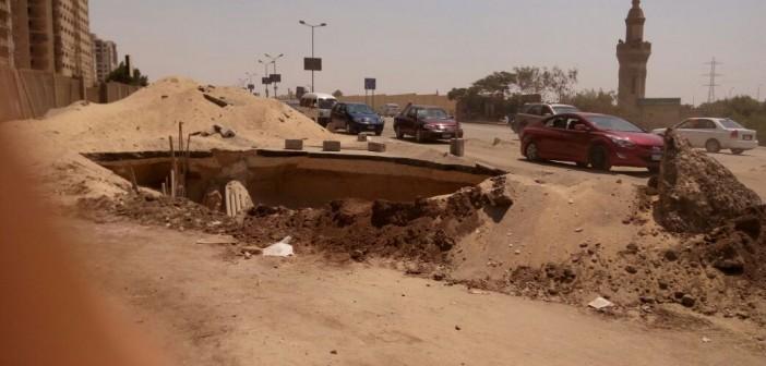 مطالب بردم حفرة عميقة قريبة من محور المشير بمدينة نصر (صور)