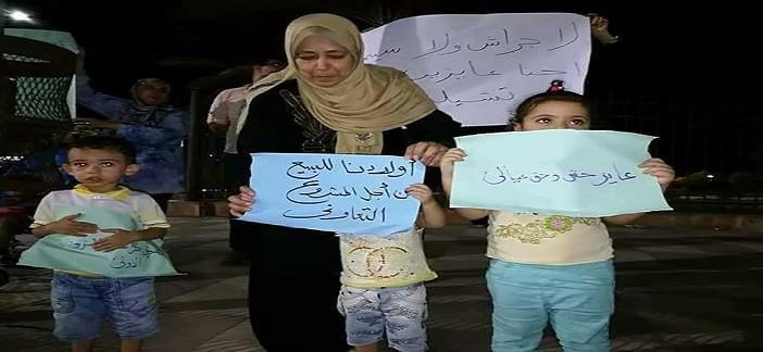 بالصور.. وقفة لمتقدمي «الإسكان التعاوني» في بورسعيد ضد «كراسة الموت»