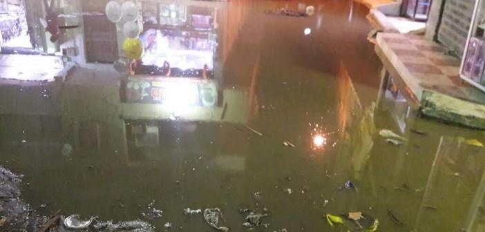 مطالب بتطوير شبكة الصرف الصحي بـ«كعبيش» في الجيزة (فيديو وصور)