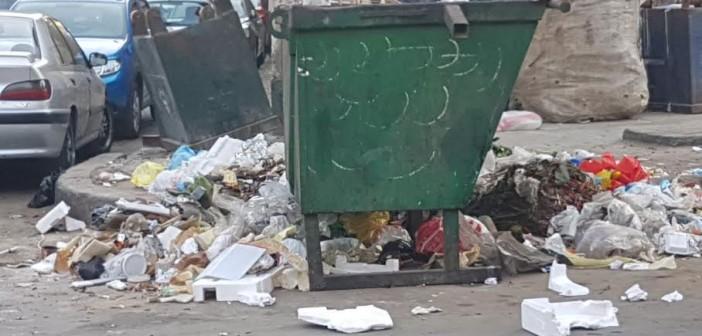 بالصور.. القمامة تحاصر ميدان الجامع بمصر الجديدة
