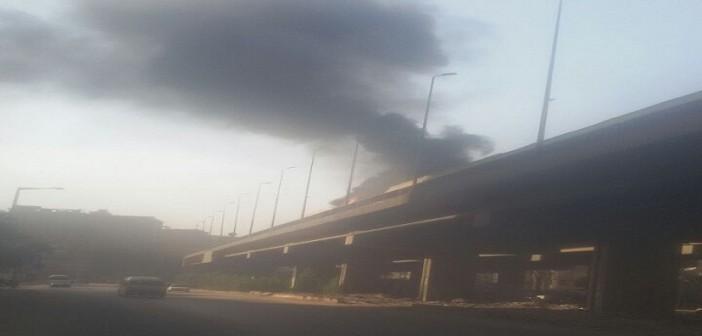 ▶️ بالفيديو.. حريق على دائري المنيب تزامنا مع زحام يشل وسط القاهرة