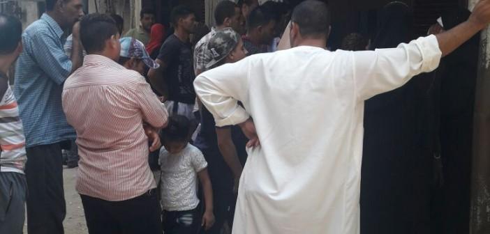 بالصور.. مواطن يرصد مشاهد المعاناة والإهمال في سجل مدني دسوق