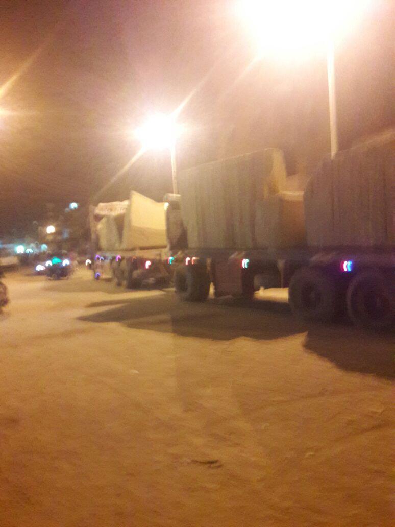 حركة النقل الثقيل في شوارع أسوان تثير مخاوف المواطنين