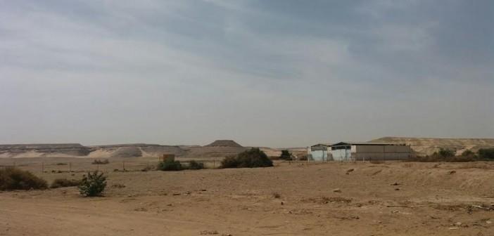 أسوان.. مواطن يرصد إهدار المال العام في بلانة (صور وفيديو)