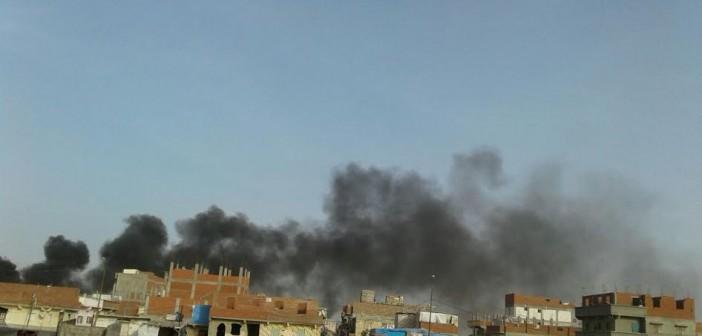 سكان «عبد القادر» بالإسكندرية: دخان المصانع خنقنا.. ومنازلنا غارقة في الصرف