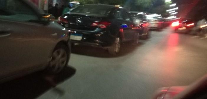 مواطنة تشكو تحول امتداد شارعي مكرم عبيد والنادي الأهلي إلى «جراج»
