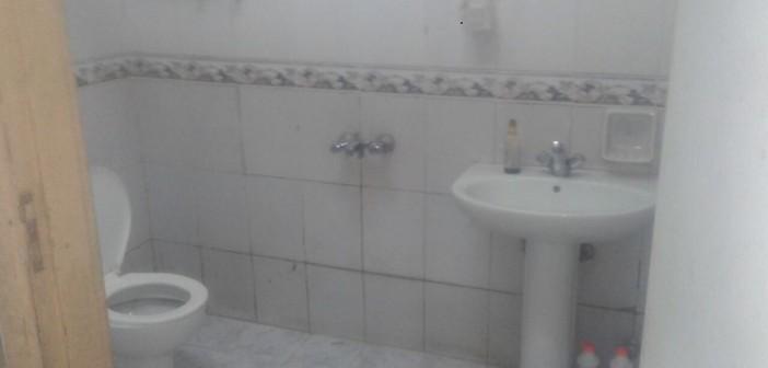 مستشفى مغاغة: صور دورات المياه «قديمة»