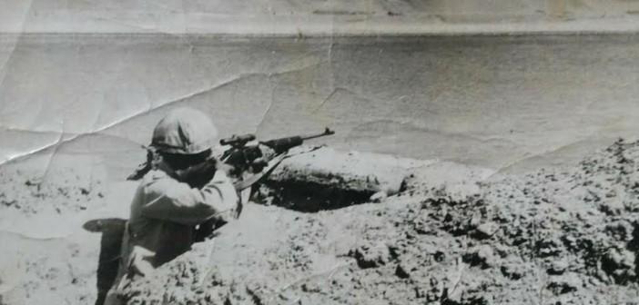 #أبطال_على_الجبهة.. مواطنة تشاركنا صور والدها على شط القنال في حرب أكتوبر
