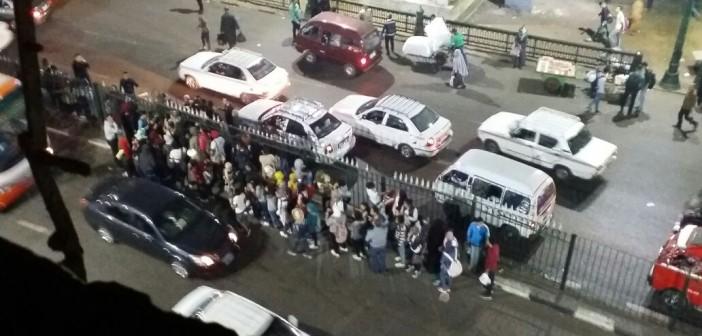 بالصور.. تأخر أعمال كوبري الغورية تعطل المرور.. وتعرض حياة المواطنين للخطر