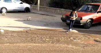 طفح المياه في أحد شوارع حي الشروق بمدينة نصر (فيديو)
