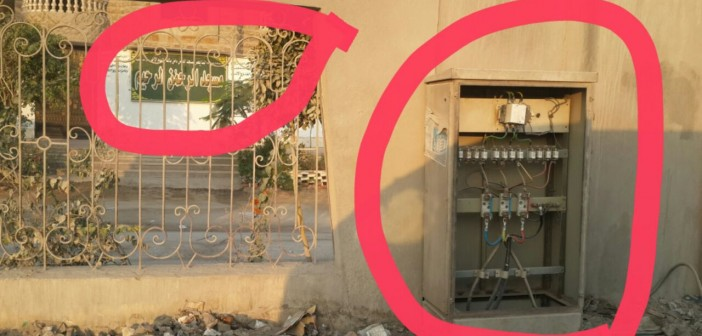 بالصور.. استياء بين سكان حدائق الأهرام لعدم تغطية كبائن الكهرباء