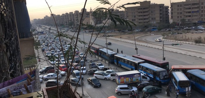 سكان بـ«الحي الثامن» مدينة نصر يشكون الزحام وغياب المرور (صور)