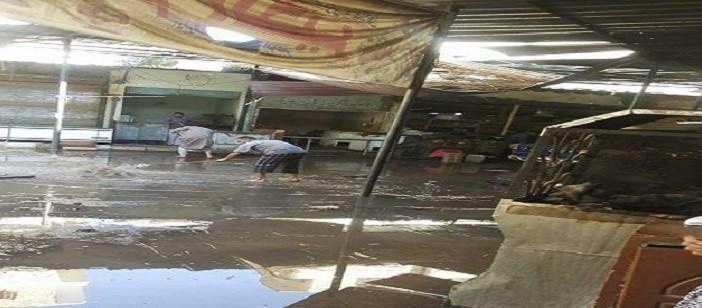 مياه الصرف الصحي تغرق شوارع عمارات الاستاد بأسوان (صور)