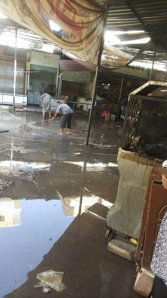 مياه الصرف الصحي تغرق شوارع عمارات الاستاد بأسوان