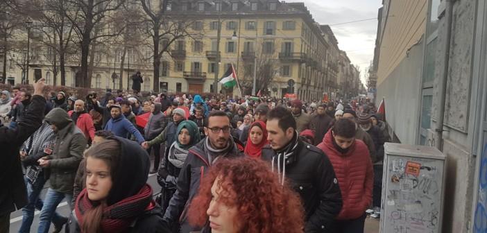 ▶️مظاهرات للجالية العربية في إيطاليا ضد قرارات ترامب بشأن القدس (فيديو وصور)