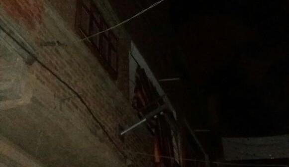 شوارع «عزبة الحاج علي» بالإسكندرية مُظلمة ليلا