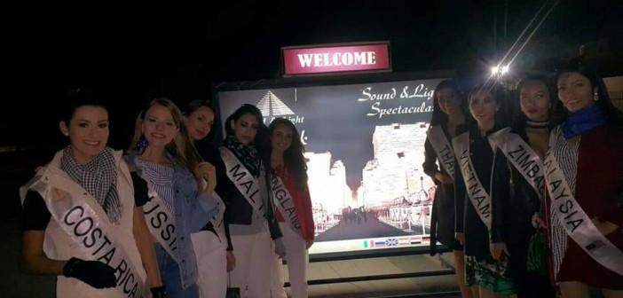 ملكات جمال القارات في عرض الصوت والضوء بمعبد الكرنك (صور)