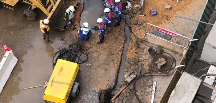 قلق بين سكان «الزمالك» بسبب انتشار المياه الجوفية نتيجة حفر المترو(صور)