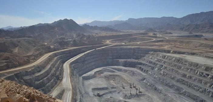 عمال في مناجم ذهب بالصحراء الشرقية: لم نتلق رواتبنا منذ أكتوبر الماضي