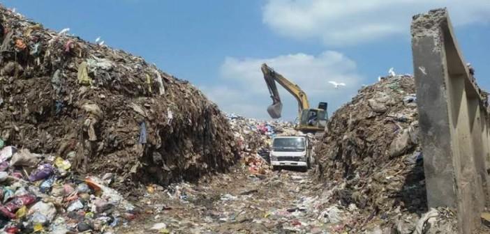 مواطنو «بندر المنشأة» بسوهاج يطالبون بصيانة شوارعها.. وحل أزمة القمامة