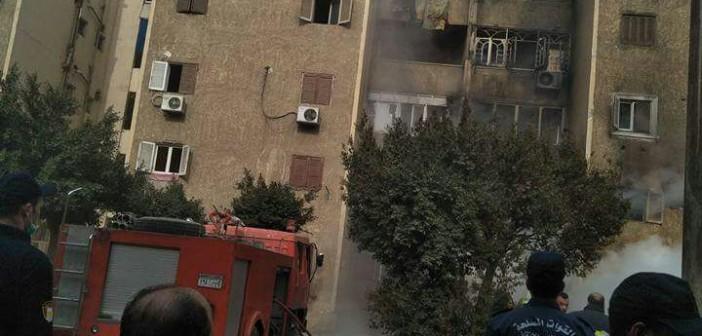 حريق هائل بعمارات الضباط بمدينة السلام (صور)