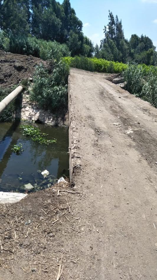 مطالب بإنشاء كوبري جديد للربط بين 4 قرى بمركز الشهداء (صور)